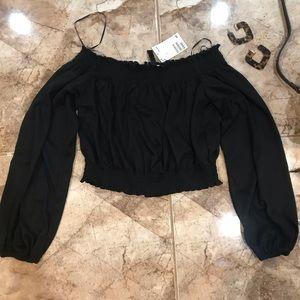 H&M Tops - NWT black off the shoulder shirt, crop top